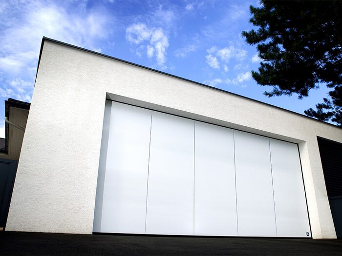 porte-garage-lame-blanche-1
